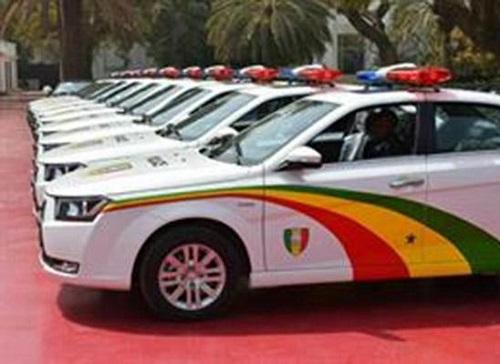 خودروی پلیس دنا پلاس در سنگال