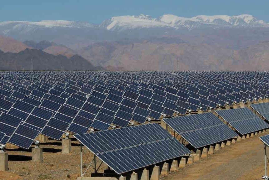 تدوین و اجرا و امکان سنجی طرح احداث نیروگاه خورشیدی و بادی بزرگ و کوچک مقیاس